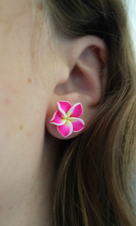 Pink Flower Earrings ($9.33)